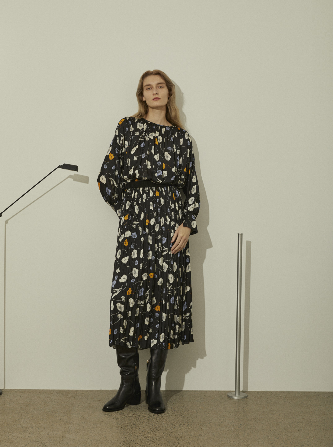 COLLECTION 2021AW LOOK9