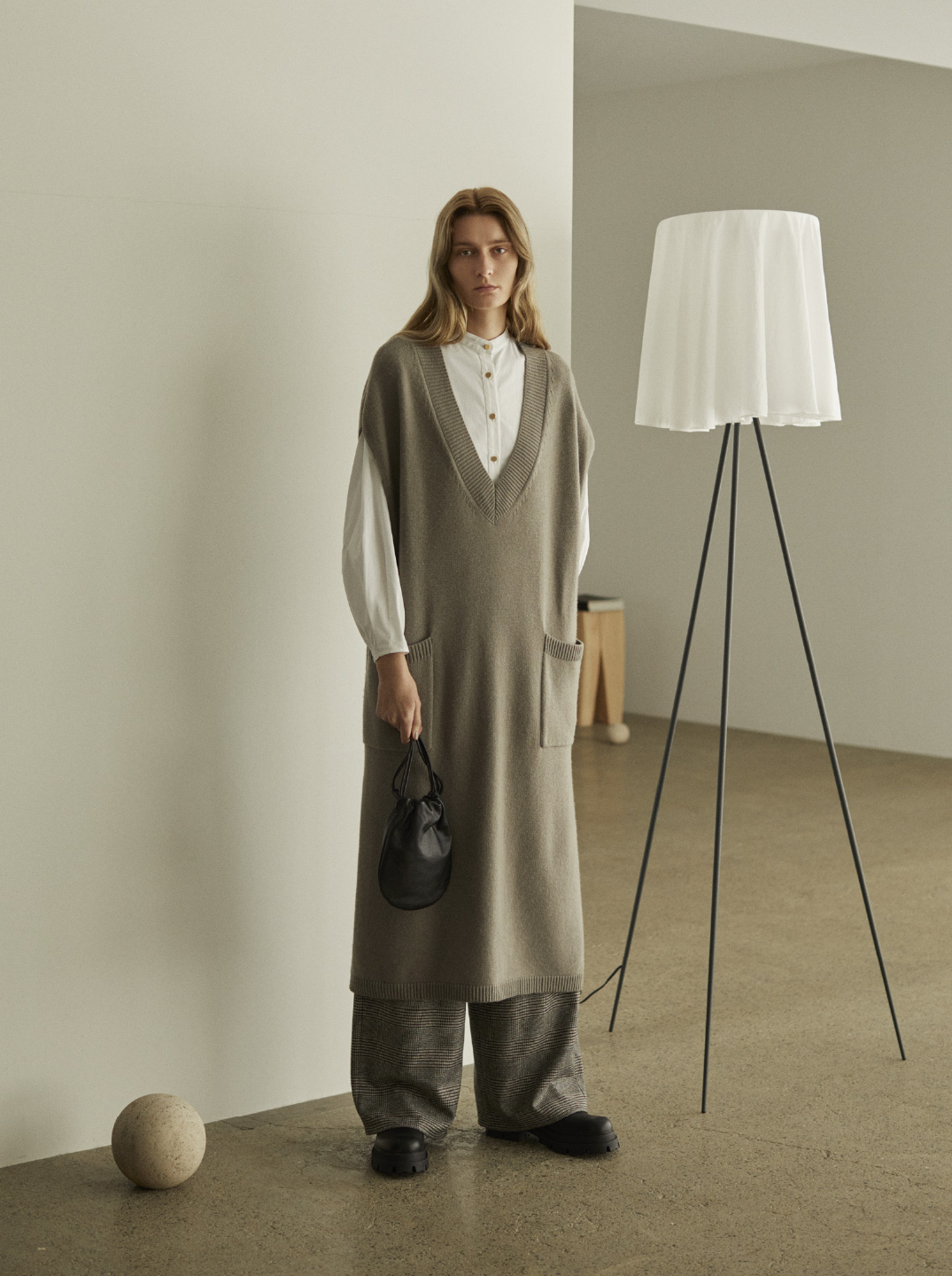 COLLECTION 2021AW LOOK19